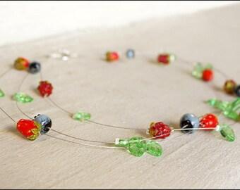Berry necklace - Great boho emerald green necklace - Lampwork berries bijou - Contemporary lampwork jewelry