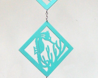 Metal Seahorse, Dolphin, Fish and Starfish Wall Hanging or Free-Hanging Diamonds
