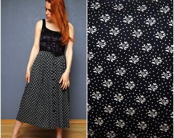 Vintage flowery summer skirt / Size M -L