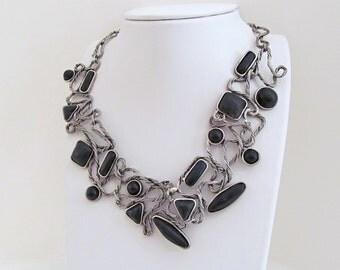 Statement Necklace, Vintage Bib Necklace, Vintage Costume Jewelry, Big Bold Necklace, Black & Silver, Fashion Jewelry, Statement Jewelry