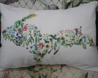 WildFlowers Pillow White Upper Peninsula Michigan Comes with Pillow Insert Removable and Washable Printed Cover