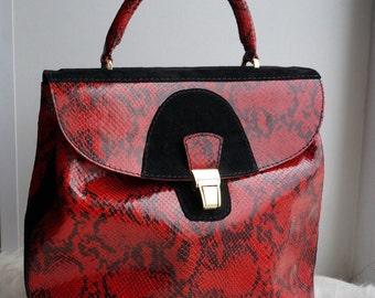 Ремни, сумки, кошельки, портфели, бумажники, портмоне из