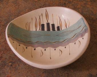 Vintage 1950s Sascha Brastoff Art Pottery Bowl
