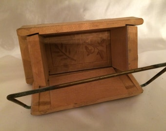 Vintage Hinged Buttermold