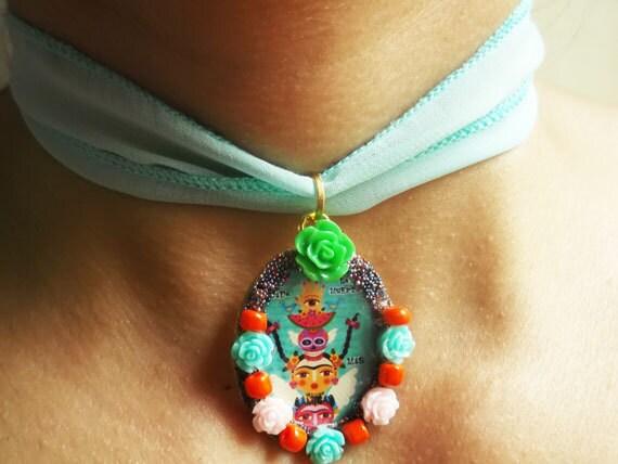 Artículos similares a Frida Kahlo Inspired , La Vida y La Muerte , Diseños Mexicanos , Joyeria y Bisuteria , Collares Inspirados en Frida , Collares