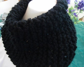 Scarf, Neck warmer, Black, Knit, Drapes well, Women, Teen, Girl.