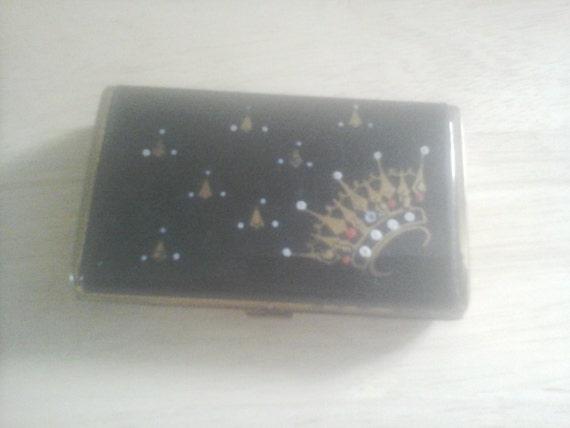 Vintage business card holder metal crown by gailateajane for Vintage business card case