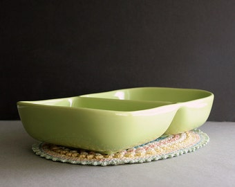 """Vintage Franciscan Tiempo 11"""" Oval Divided Vegetable Bowl, Serving Dish, Glossy Lime Green Sprout, 1940s 50s"""