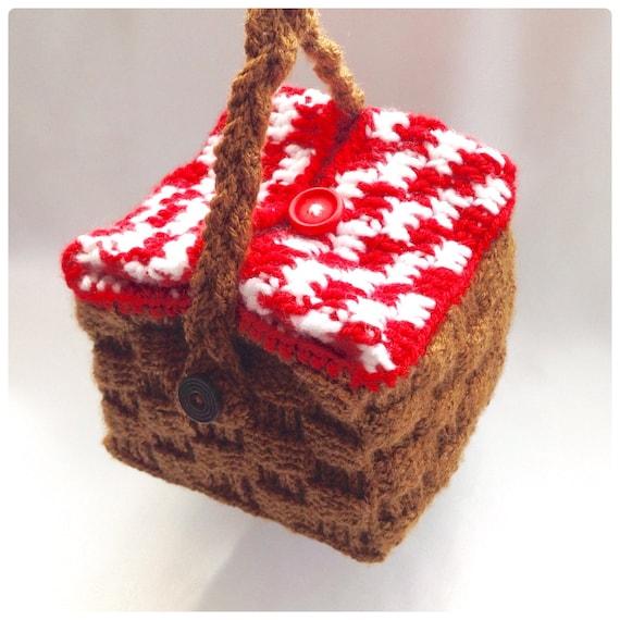 Picnic Basket Lunch Bag Crochet PDF Pattern by HookedoPatterns