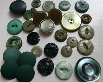 Lot of 29 Vintage Green Buttons