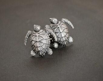 Turtle Cufflinks Sea Turtle Cufflinks Turtle Gifts Steampunk Cufflinks Gifts for Men Gifts for Him Men's Gifts Statement Cufflinks