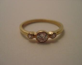 Three (3) diamond ring, engagement ring, Gold ring
