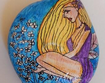 Garden Fairy with Daisies.