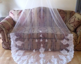 """Sparkly Cathedral Veil /1 tier /Light Ivory or White 118 """" L by 60"""" W"""