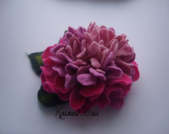 Felt flower brooch-Felt flower pin -felted wool flowers-Felted brooch-wool flowers-Felted gift women- pink peony-Gifts ideas under 25
