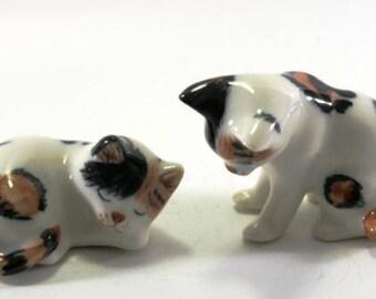 Cat - handpainted porcelain figurine 1 pair  2504