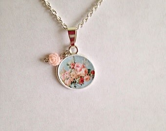 Vintage Roses Picture Charm Necklace, Rose Charm Neckace, Rose Necklace, Rose Picture Charm Necklace, Vintage Necklace