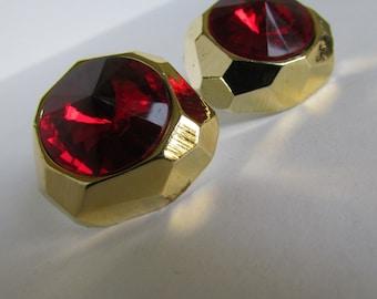 Vintage earring- Gold stud earrings- 90s Jewelry