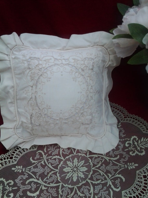 Shabby Chic Style Pillows : Vintage Shabby Chic Pillow French Romantic Style Victorian