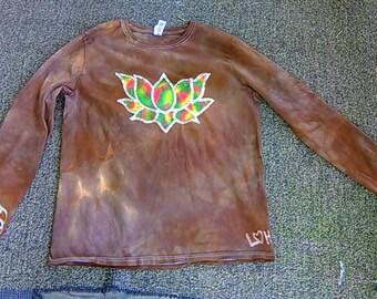 Lotus flower batik