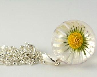 White Daisy Flower Pendant, Daisy Resin Pendant, Real Flower Pendant, White Silver Pendant, White Necklace, Flower Jewelry