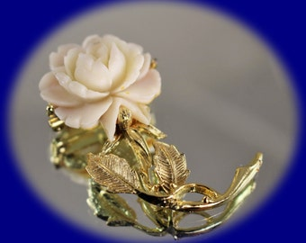 Vintage Brooch Creamy White Celluloid Rose with a Gold Tone Metal Brooch Vintage Brooch Vintage Jewelry