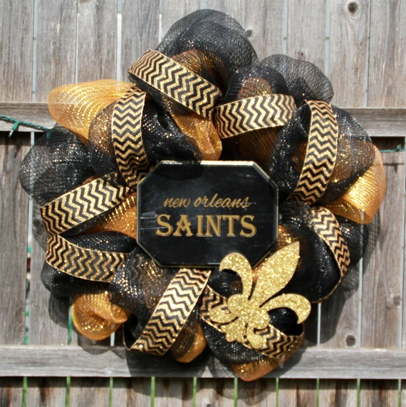 New Orleans Saints wreath, front door wreath, football wreath, front door decor