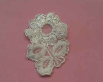 1 Piece WHITE Flower Venise Lace Applique Patch Sew On