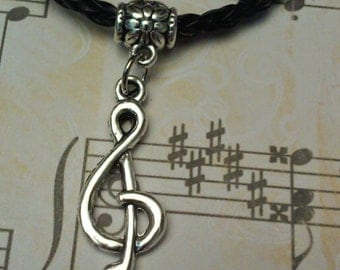 Treble clef necklace, choker, music note necklace, treble clef charm choker