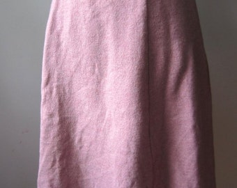 Vintage 1970s pink wool knit midi skirt