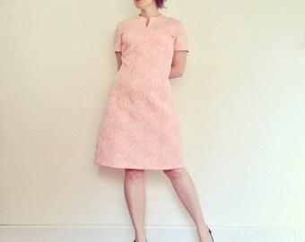 Vintage Dress 1960s Mod Shift Pink and White Floral