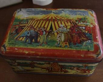 Vintage French Box Circus Theme