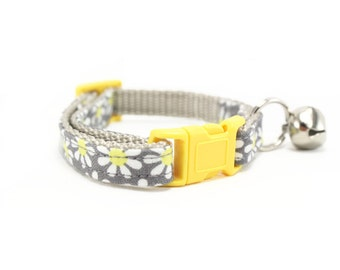Yellow Daisy Flower Cat Collar Breakaway Safety Grey Floral Cat Collar with Bell - Daisy