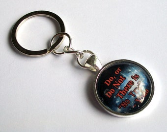 Star Wars Keychain ~ Yoda Quote Keyring ~ Do or Do Not, There is No Try ~ Sci Fi Bag Charm