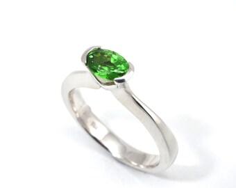 Garnet ring, tsavorite garnet ring, engagement ring, green ring, gold ring, white gold ring, 18ct whit gold