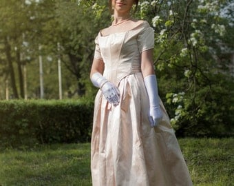 1840s Young Victoria Milk-White Dress, XIX Century Ballgown