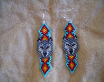 Wolf Head Beaded Earrings. Native American Hand Made. Light Weight. Ndn. First Nation. Southwest Diamond Design, Delica Beads, Brick Stitch