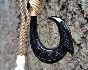 Beautiful Black Hawaiian Fish Hook Necklace - Single Barbed Hook Bone Handcrafted Pendant Carving Design - Tribal Hand Carved Gift Necklace