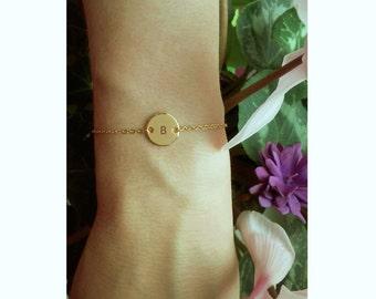 Initial Circle Bracelet / Golg Initial Bracelet / Customized Jewelry / Minimalistic Jewelry / Gold Disk Bracelet / 12mm / B421
