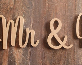 Mr & Mrs Wedding Sign, RAW Unpainted, Custom wooden wedding table decoration sign. Sweetheart Font 20cm (200mm) High