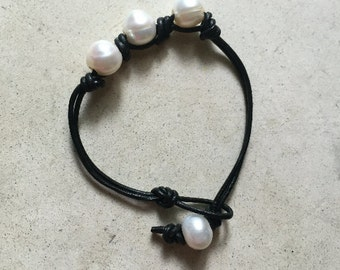 Three Freshwater Pearl Leather Bracelet