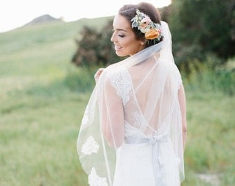 Fingertip Length Lace Veil