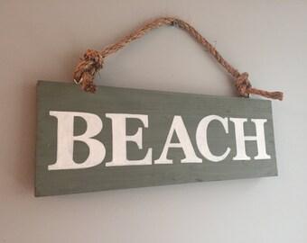 Wood Beach Sign Wall Decor
