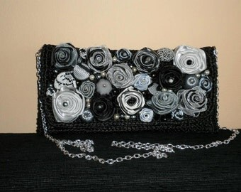 clutch with roses