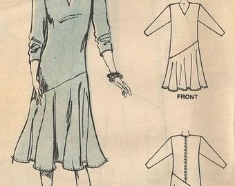 McCall's vintage sewing pattern - asymmetrical dress - Size 6-8-10