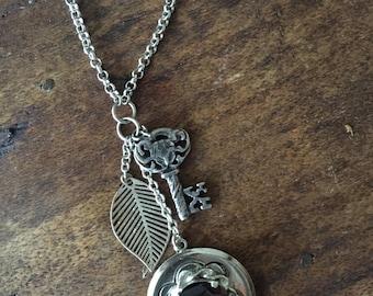 Garnet Vintage Remake Necklace