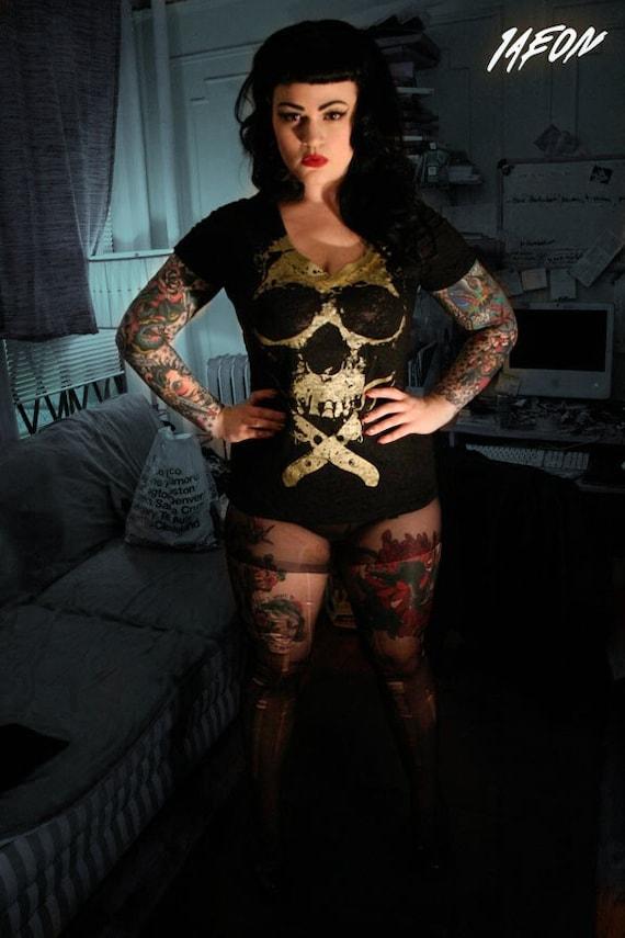 heavy metal clothing, plus skull top, t-shirt gold skull, black skull t shirt, women's S-XXL