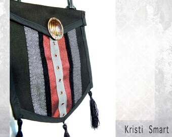 Cosplay steampunk pouch in red black and gray