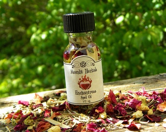 Enchantress Spell Oil - Goddess Freya, Patchouli Strawberry, Garnet Crystals, Wicca, Pagan, Anoint Candles, Perfume