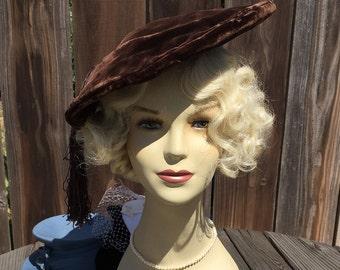 1940s Deco Velvet Beret Hat With Tassel